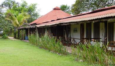 Parakaupa Lodge