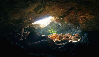 Ahu Akivi, Ana Te Pahu Höhle und Puna Pau