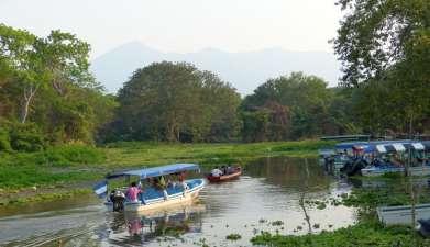 Bootsfahrt zu den Isletas