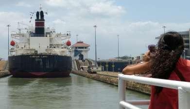 Teildurchquerung des Panamakanals