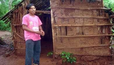 Besuch eines Indianerdorfes der Guarani