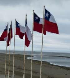 Ab Punta Arenas (Flug)