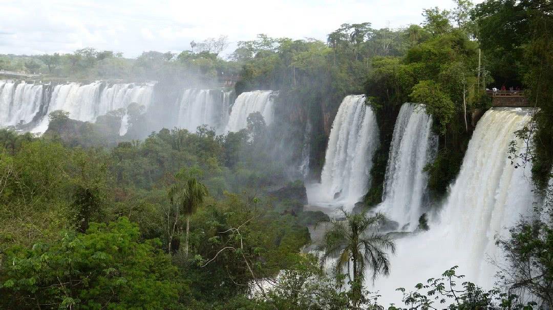 Tag 2 Foz do Iguaçu: Besichtigung der Wasserfälle in Argentinien