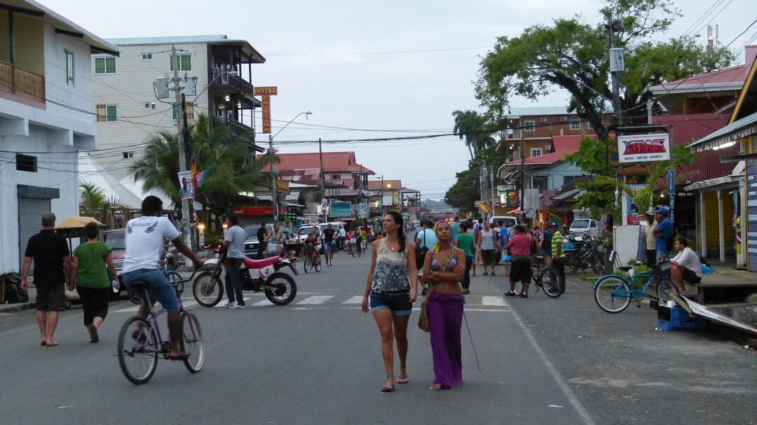 Tag 9 Boquete - Bocas del Toro: Kakao Farm