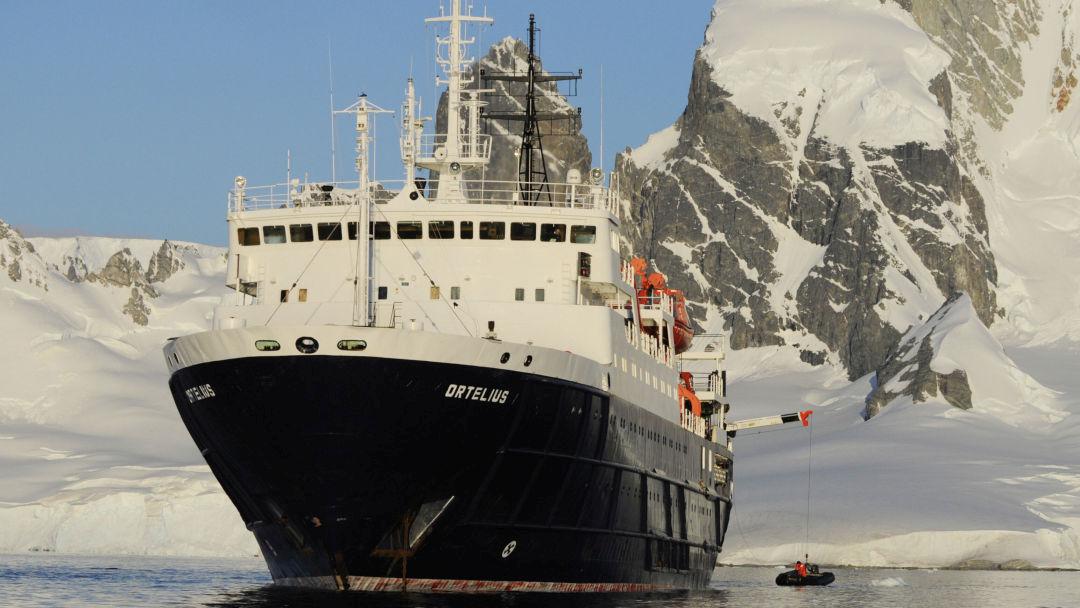 Tag 8: Sie erkunden die Südshetland Inseln
