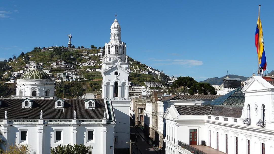 Tag 14 Quito: Transfer zum Flughafen oder Anschlussreise