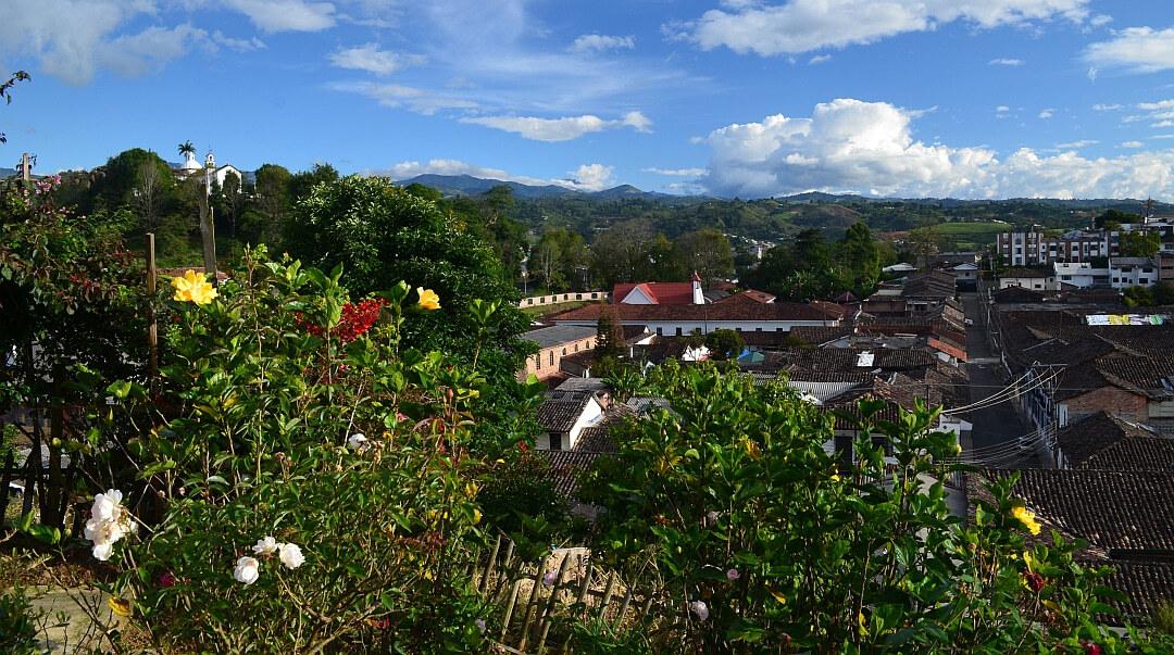 Tag 9 San Agustín: Fahrt nach Popayan und Stadtbesichtigung