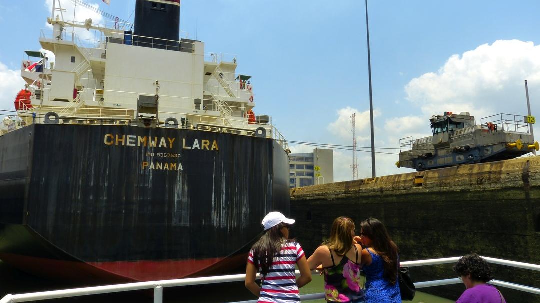 Tag 7 Panama Stadt: Teildurchquerung des Panamakanals