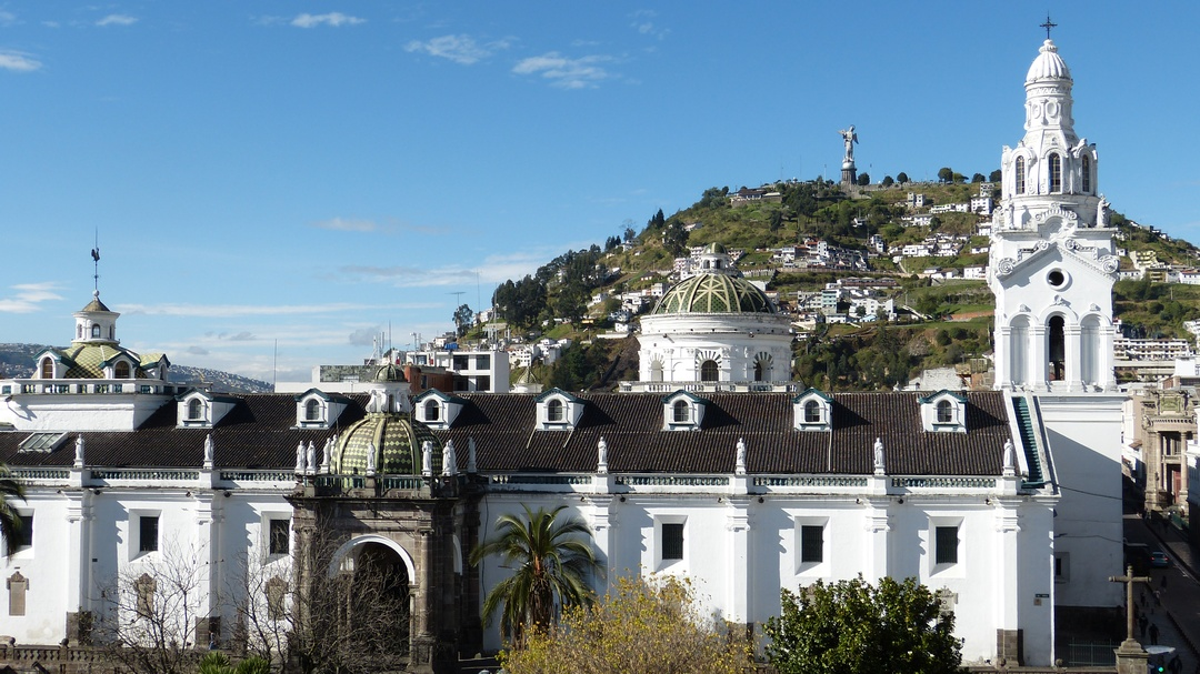 Tag 1 (Mittwoch) Koloniales Quito- Äquator