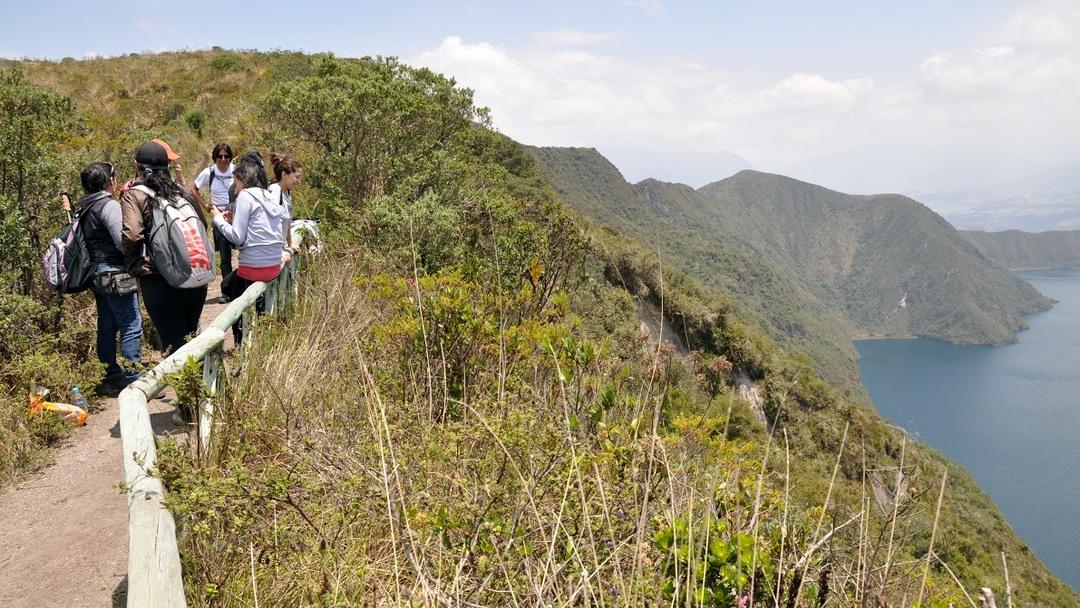 Tag 2 (Donnerstag) Kraterlagune Cuicocha- Cotacachi- Otavalo