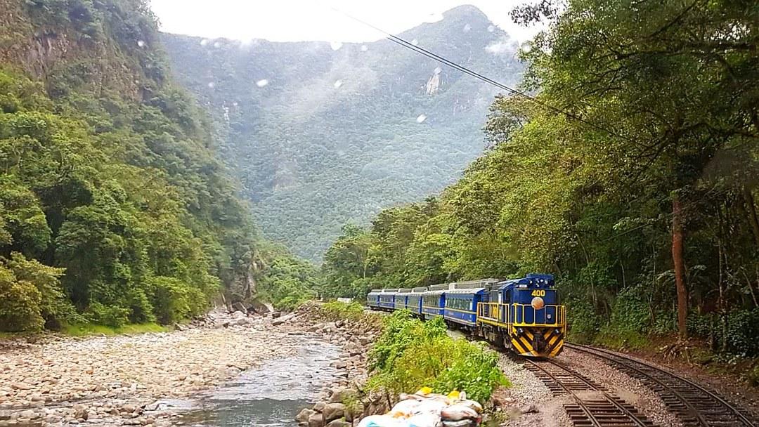 Tag 2 Cusco-Aguas Calientes: Ausflug Chincheros, Ollantaytambo + Zugfahrten