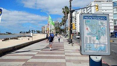 Montevideo + Colonia