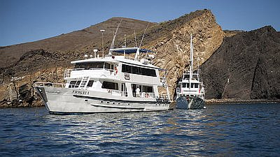 Galápagos Kreuzfahrt C  M/Y Fragata