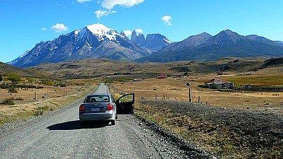 Torres del Paine im Mietwagen