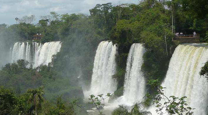 Reisen Argentinien, Chile, Costa Rica, Peru, Nicaragua, Panama, Uruguay, Venezuela und Antarktis mit Reiseveranstalter Reallatino Tours.