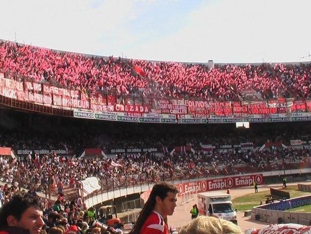 Die Fans von Independiente im Monumental