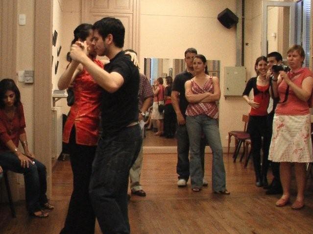 Tanzkurs in einer Tangoshow