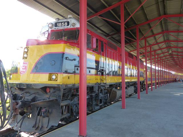 Bahnhof Colón