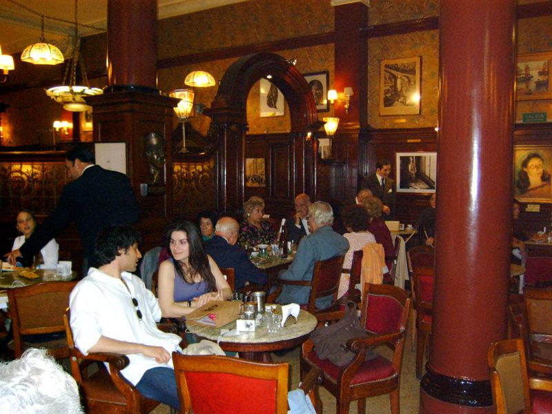 Café Tortini auf Avenida de Mayo, Buenos Aires, Argentinien