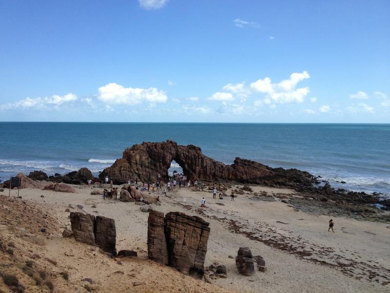 Jericoacoara, Felsen am Strand, Brasilien