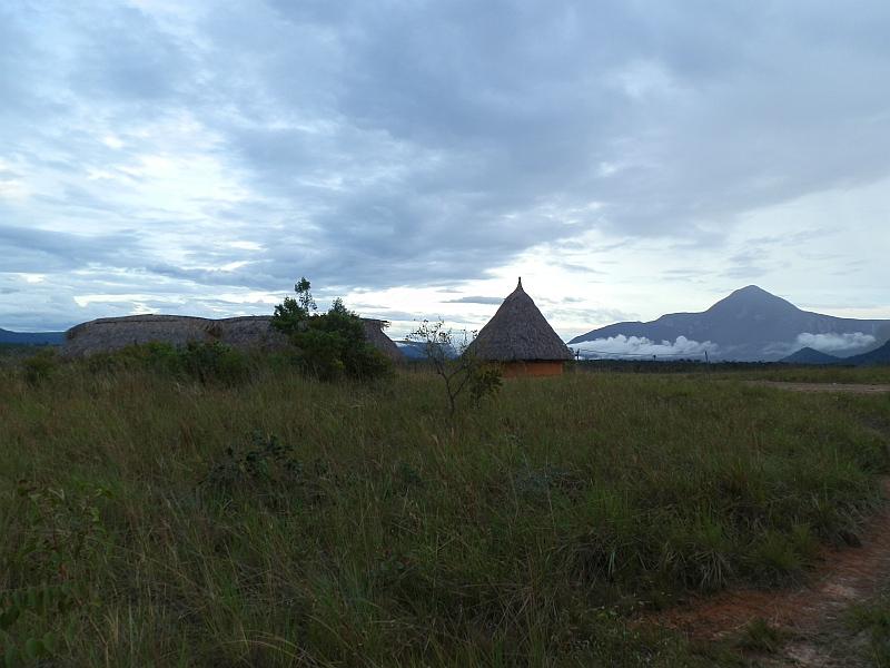 Hütten der Ureinwohner von Canaima, Venezuela