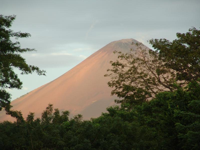 Vulkan Momotombo, Leon, Nicaragua