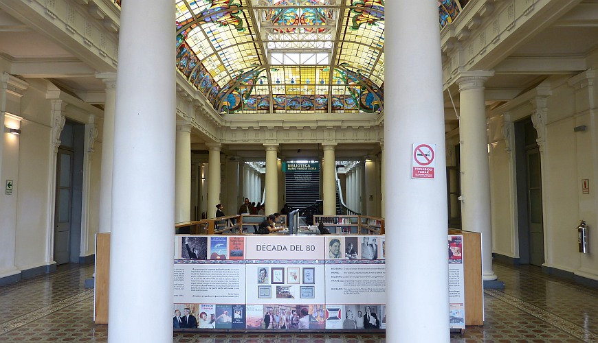 Bahnhof Bibliothek Lima