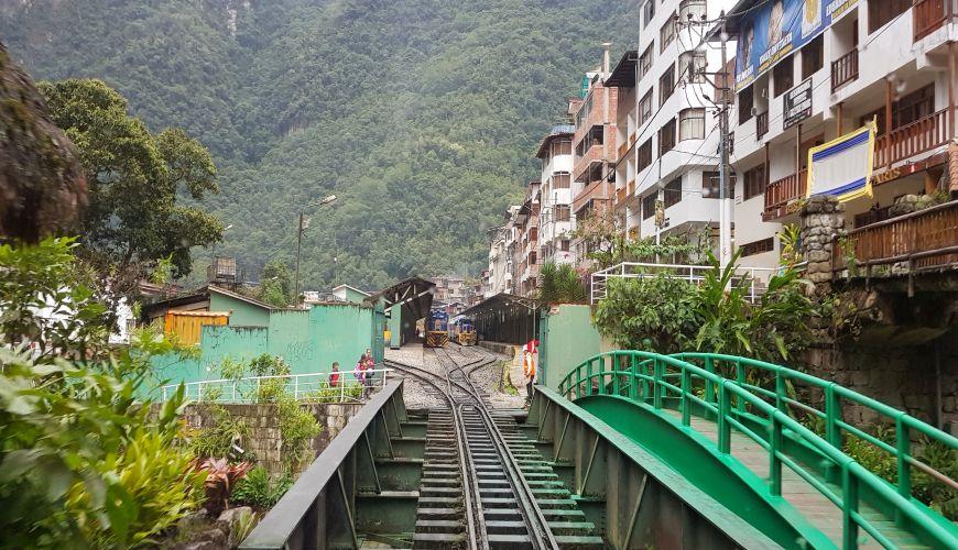 Einfahrt Machu Pichu mit dem Zug
