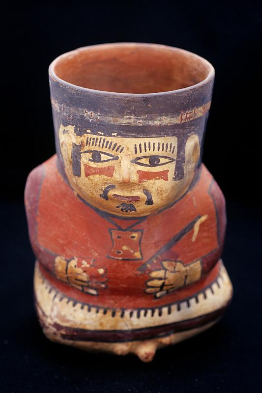 Keramikfigur, Cahuachi, Nazca, Peru - Reiseinformationen