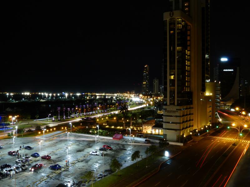 Panama City bei Nacht, Panama Stadt