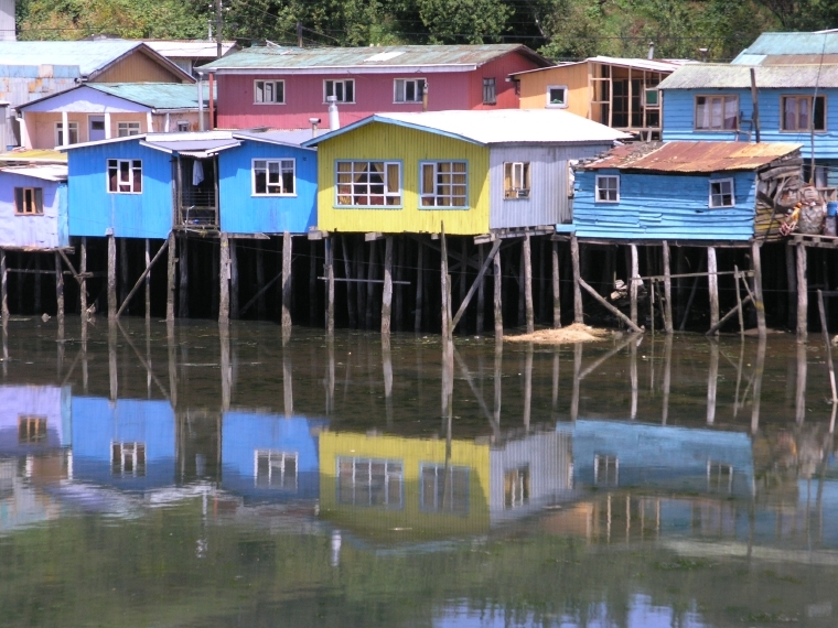 Häuser auf Stelzen, Ancud, Insel Chiloé, Chile