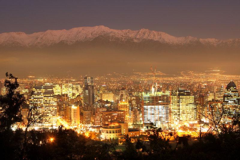 Santiago bei Nacht, Cerro San Christóbal, Santiago de Chile